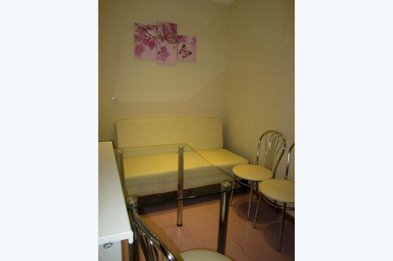 Отдельная комната, улица Ленина, 32А, Алушта - Фотография 2