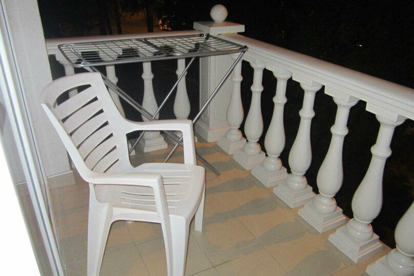 Отдельная комната, улица Ленина, 32А, Алушта - Фотография 8