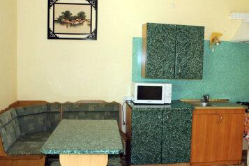 Дом, 85 кв.м. на 14 человек, 3 спальни, улица Гагарина, 53, Судак - Фотография 3