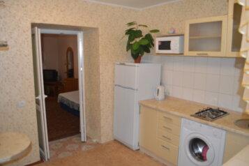 1-комн. квартира, 35 кв.м. на 4 человека, улица Дражинского, 22, Ялта - Фотография 1