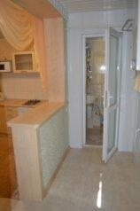 1-комн. квартира, 35 кв.м. на 4 человека, улица Дражинского, 22, Ялта - Фотография 2