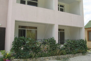 Частное домовладение, улица Антонова, 1 на 7 номеров - Фотография 2