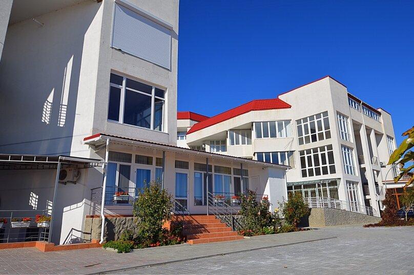 """Гостевой дом """"Море-Море"""", Черноморская набережная, 1В на 12 комнат - Фотография 2"""