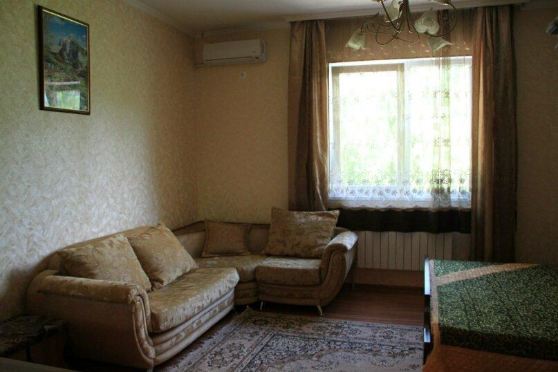 """Гостевой дом """"Любава"""", Ключевая улица, 62 на 3 комнаты - Фотография 31"""