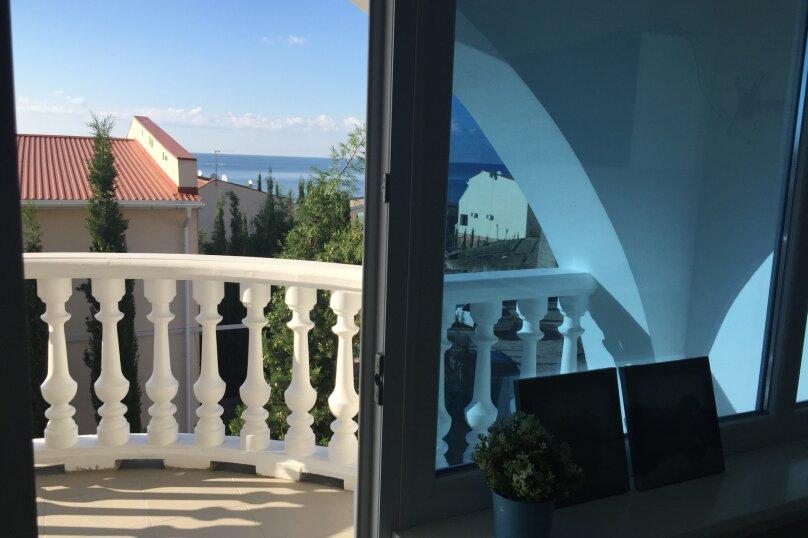 Таунхаус в 100 метрах от моря, 140 кв.м. на 10 человек, 3 спальни, Судакское шоссе, 4а, Алушта - Фотография 2
