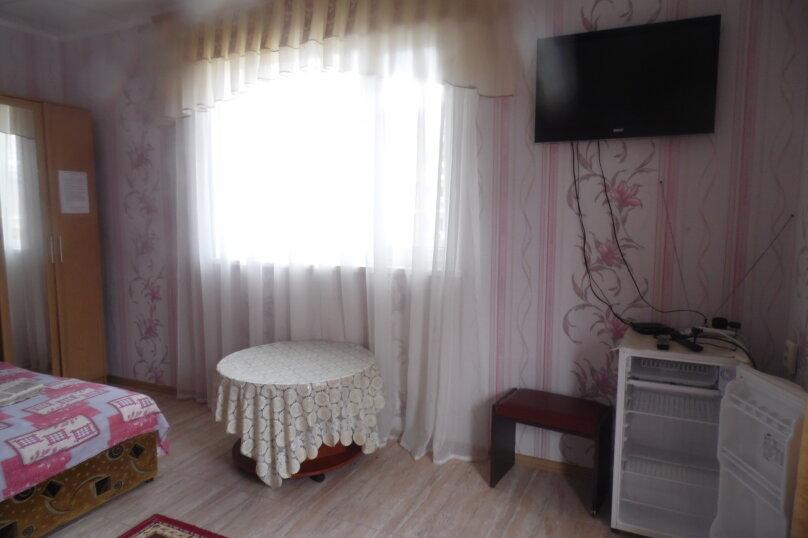 Гостевой дом  У Тимура , улица Мусы Мамута, 15 на 13 комнат - Фотография 45