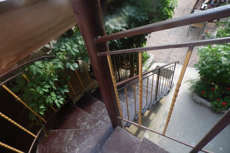 Гостевой дом  У Тимура , улица Мусы Мамута, 15 на 13 комнат - Фотография 2