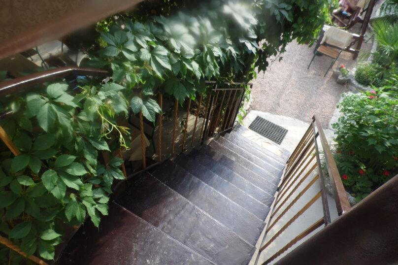 Гостевой дом  У Тимура , улица Мусы Мамута, 15 на 13 комнат - Фотография 3
