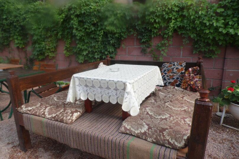 Гостевой дом  У Тимура , улица Мусы Мамута, 15 на 13 комнат - Фотография 4
