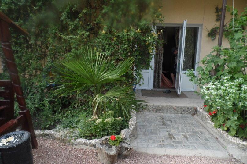 Гостевой дом  У Тимура , улица Мусы Мамута, 15 на 13 комнат - Фотография 6