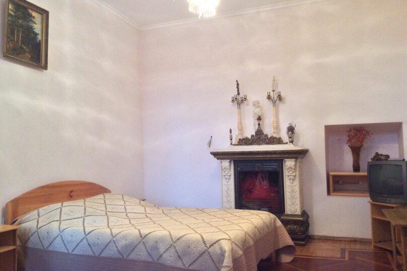 1-комн. квартира, 40 кв.м. на 3 человека, улица Дражинского, 42, Ялта - Фотография 1