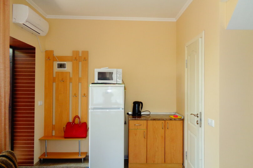 Однокомнатный номер без кухни, Алупкинское шоссе, 52, Ялта - Фотография 7