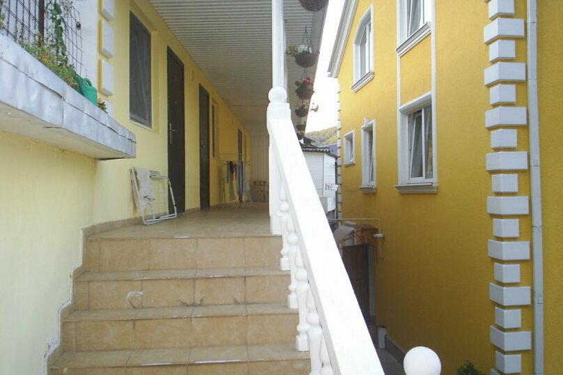 """Гостевой дом """"Уютный дворик"""", Прохладный переулок, 3 на 12 комнат - Фотография 20"""