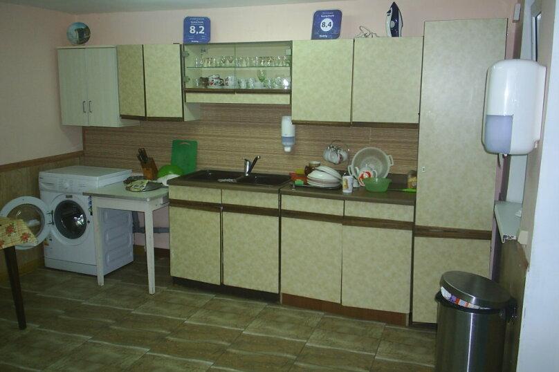 """Гостевой дом """"Уютный дворик"""", Прохладный переулок, 3 на 12 комнат - Фотография 22"""
