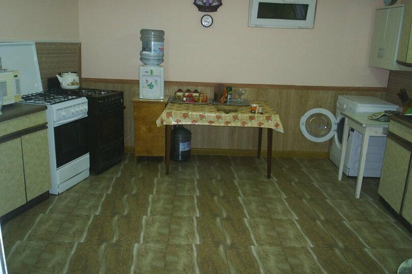 """Гостевой дом """"Уютный дворик"""", Прохладный переулок, 3 на 12 комнат - Фотография 23"""