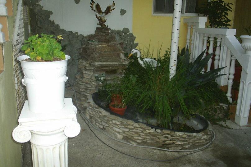 """Гостевой дом """"Уютный дворик"""", Прохладный переулок, 3 на 12 комнат - Фотография 33"""