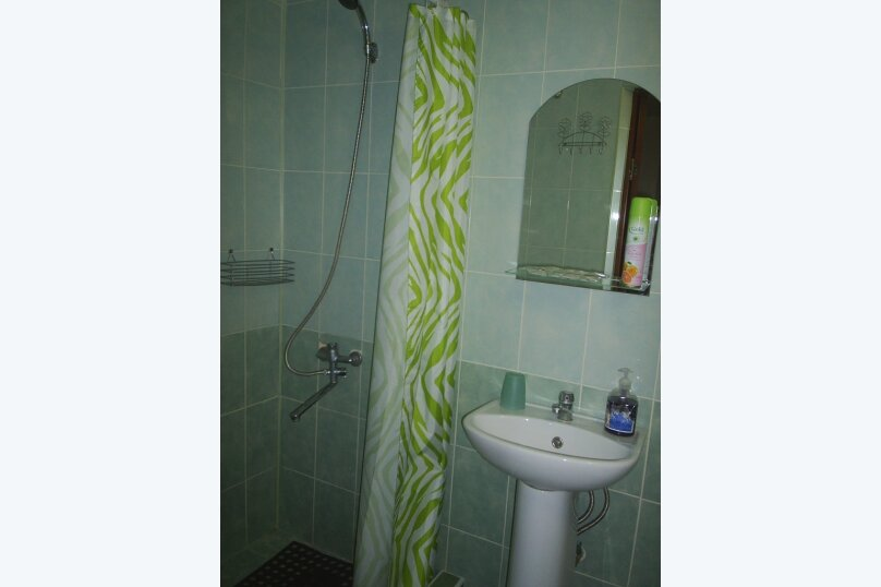 """Гостевой дом """"Уютный дворик"""", Прохладный переулок, 3 на 12 комнат - Фотография 35"""