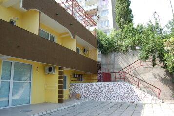Гостевой дом с видом на море, К. Цеткин, 19 на 7 номеров - Фотография 1