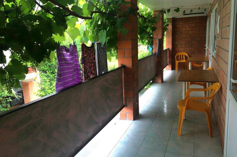 Трехместный номер, Солнечная улица, 3, Лермонтово - Фотография 1