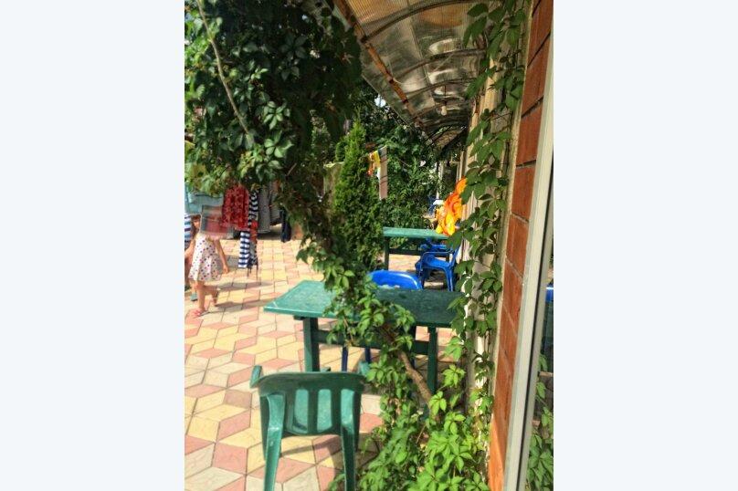 """Гостевой дом """"У Аси"""", Солнечная улица, 3 на 15 комнат - Фотография 3"""