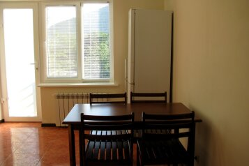 3-комн. квартира, 77 кв.м. на 6 человек, с.Веселое ул.Мичурина , 26а, Судак - Фотография 3