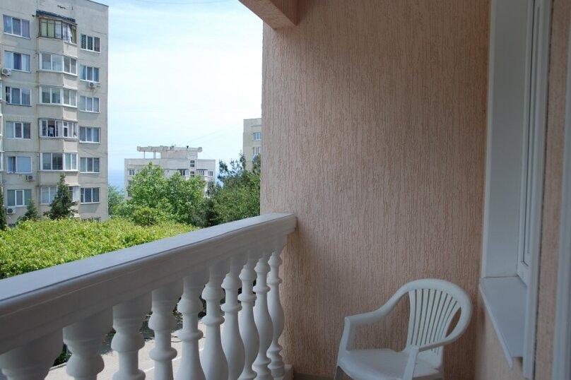 3-комн. квартира, 85 кв.м. на 8 человек, Октябрьская, 61а, Алушта - Фотография 9