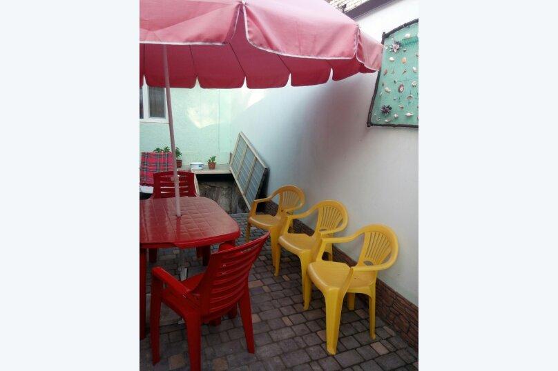 Дом, 40 кв.м. на 5 человек, 2 спальни, улица Рылеева, 48, Евпатория - Фотография 2