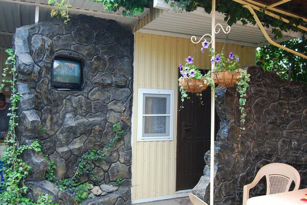 Гостевой дом, улица Мира, 11 на 6 номеров - Фотография 1