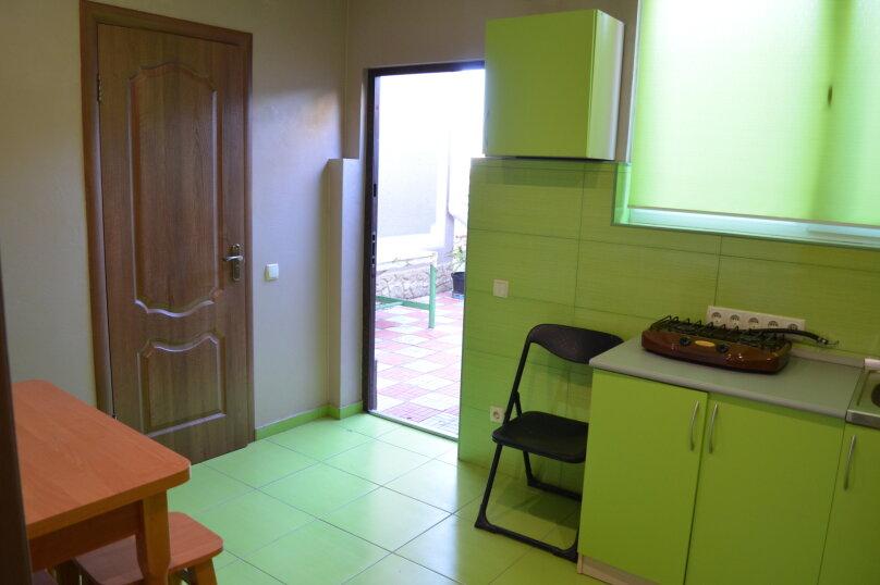 Гостевой дом , 100 кв.м. на 6 человек, 2 спальни, улица Виткевича, 13, Кацивели - Фотография 5