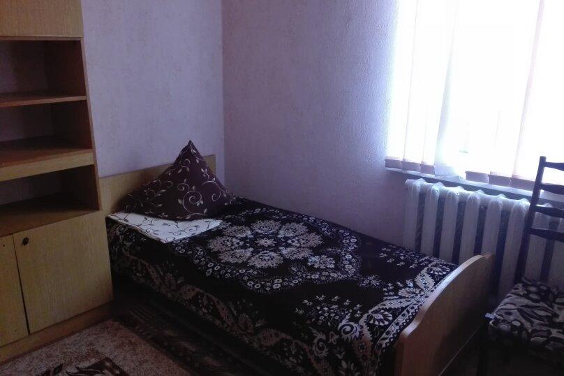 Бюджет-эконом, Садовая, 16, Алушта - Фотография 2