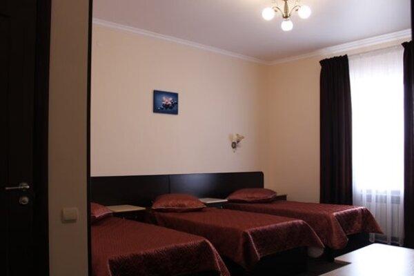 Гостиница, улица Персиянова, 44-46 на 15 номеров - Фотография 1