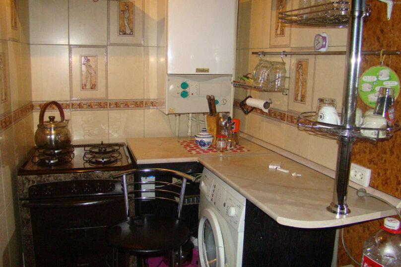 Дом, 50 кв.м. на 5 человек, 1 спальня, улица Бабушкина, 14, Таганрог - Фотография 2