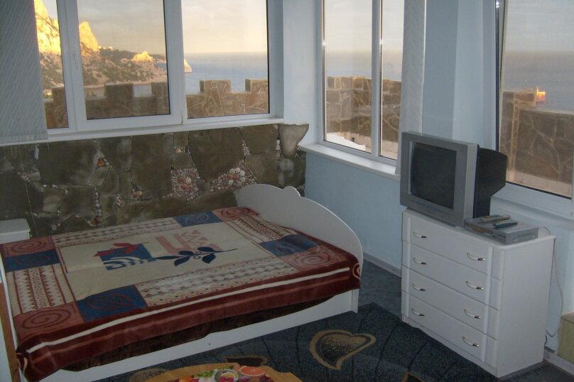 Видовой номер с просторным балконом (номер 4), улица Шулейкина, 18 Б, Кацивели - Фотография 1
