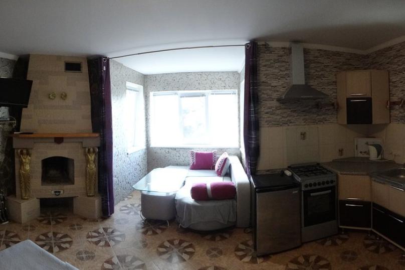 Отдельная комната, улица Шулейкина, 18 Б, Кацивели - Фотография 1