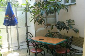 Дом, 48 кв.м. на 4 человека, 2 спальни, улица Спендиарова, 14, Ялта - Фотография 1