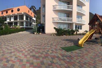 Бутик-отель , Прибрежная на 5 номеров - Фотография 3