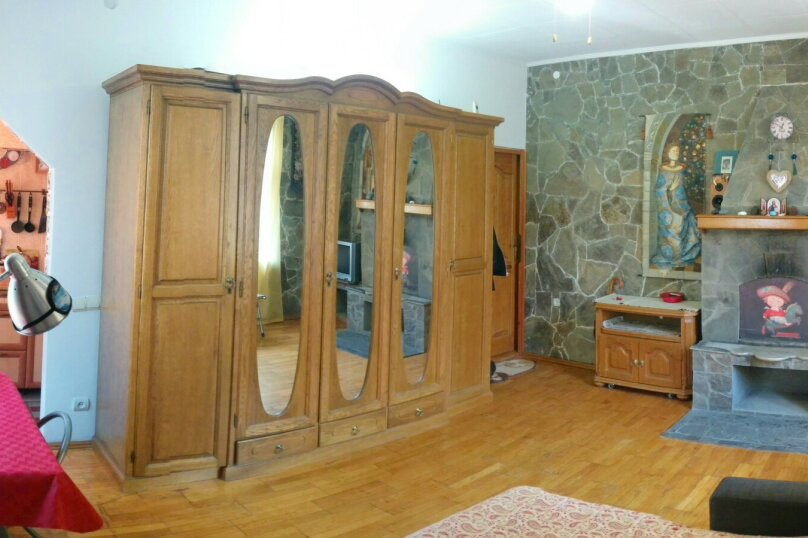 1-комн. квартира, 30 кв.м. на 3 человека, Среднеслободская улица, 15, Ялта - Фотография 5