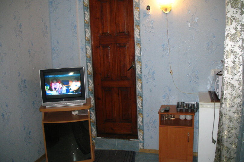 """Гостевой дом """"На Подвойского 38"""", улица Подвойского, 38 на 5 комнат - Фотография 13"""