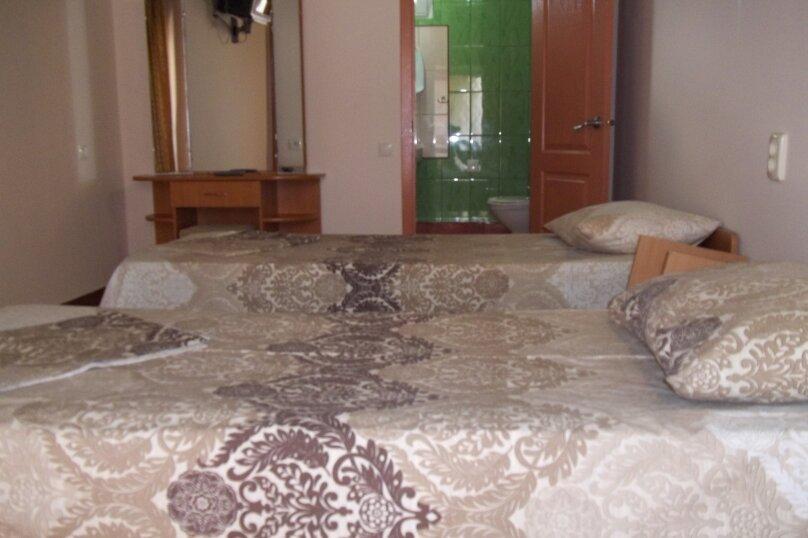 """Гостевой дом """"Сокол"""", Новая, 110 на 12 комнат - Фотография 19"""