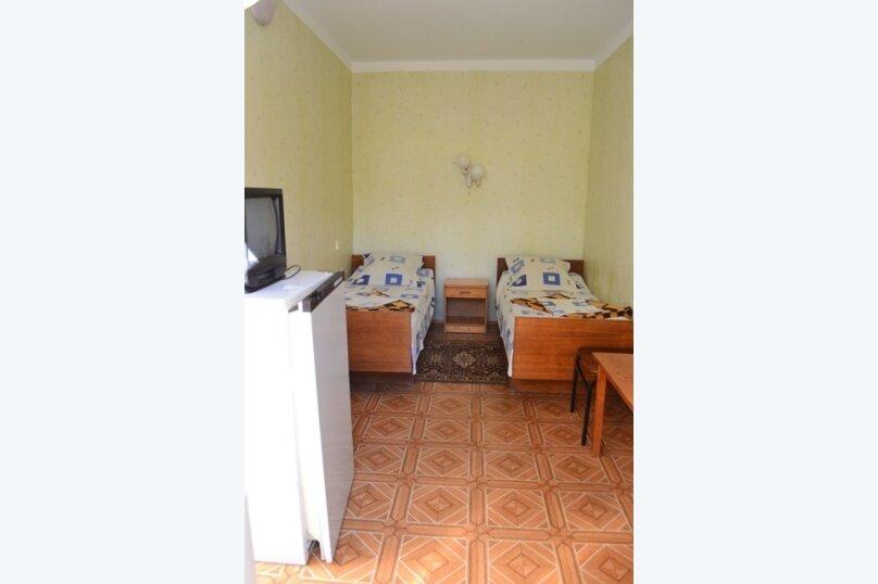 Гостевой дом на Лучистой, Лучистая, 18 на 8 комнат - Фотография 44