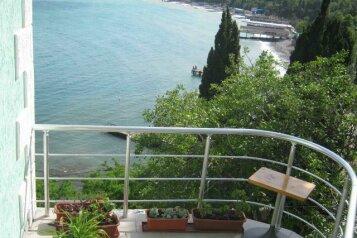 Гостевой дом с видом на море, улица Чехова, 8 на 8 номеров - Фотография 2