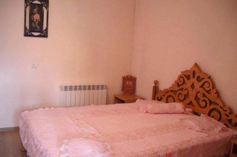 Отдельная комната, Виноградная улица, 6, Алушта - Фотография 1