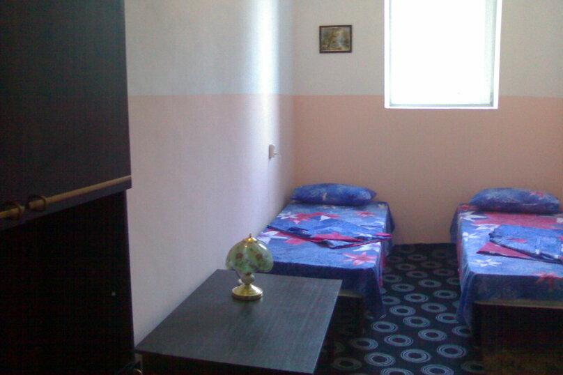 Номер 6  ( 2 комнаты), Говыриных, 17, Алупка - Фотография 2