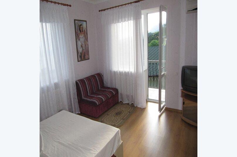 Просторные апартаменты на семью (2 этаж), Маратовская улица, 18В, Гаспра - Фотография 1