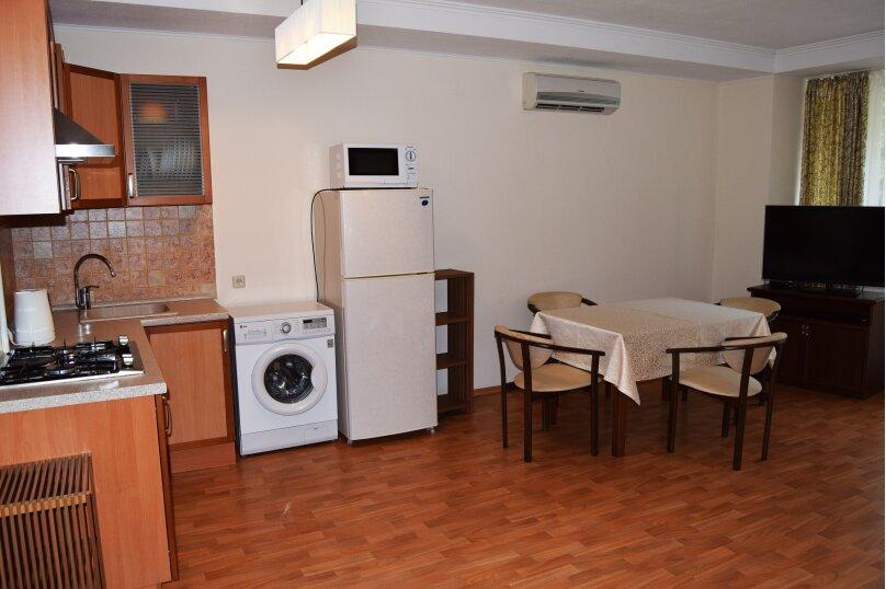 """Мини-отель """"На Володарского 1"""", улица Володарского, 1 на 6 номеров - Фотография 42"""