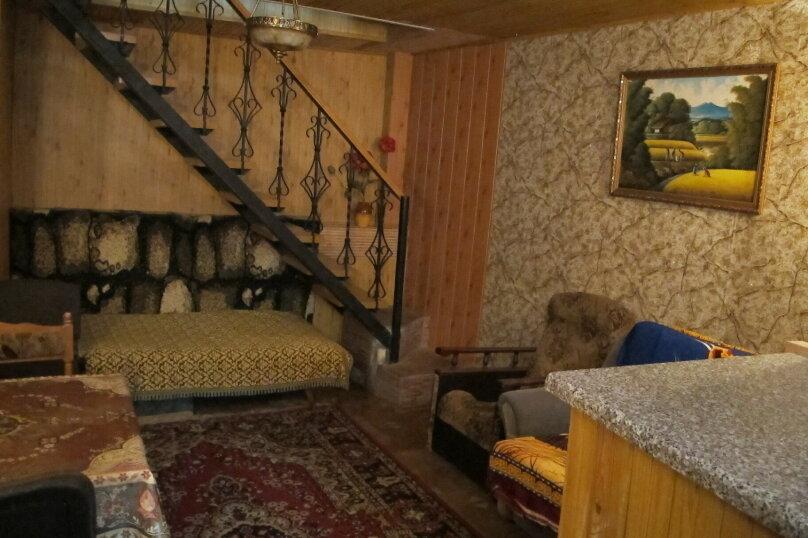 2-х комнатный 2-уровневый, Ореховая улица, 7, Гурзуф - Фотография 2