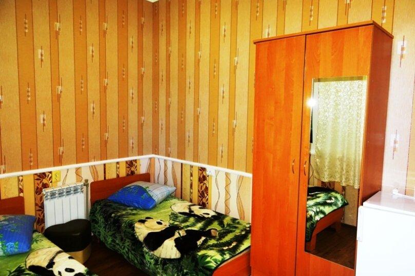 "Гостевой дом ""Арцах"", улица Батурина, 7А на 2 комнаты - Фотография 28"