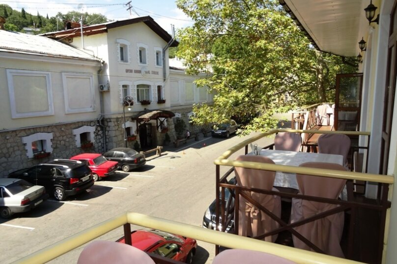 "Гостевой дом ""Арцах"", улица Батурина, 7А на 2 комнаты - Фотография 11"
