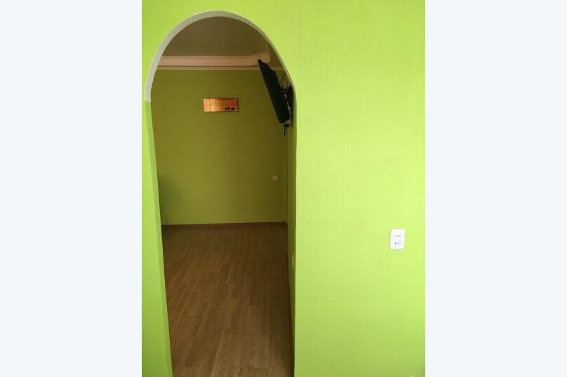 1-комн. квартира, 30 кв.м. на 2 человека, улица Комарова, 21, Туймазы - Фотография 11