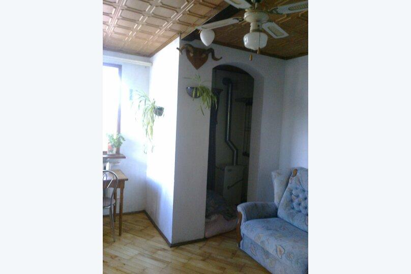 """Гостевой дом """"На переулке Батурина 12"""", переулок Батурина, 12 на 3 комнаты - Фотография 11"""